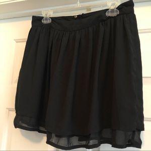 Flowy black mini skirt